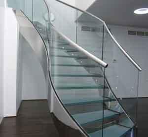 Cầu thang nhôm kính đẹp giá rẻ tại tp HCM