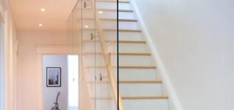 Điểm nổi bật nhất của vách kính cường lực cầu thang