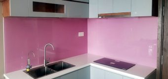 Các loại kính ốp tường bếp